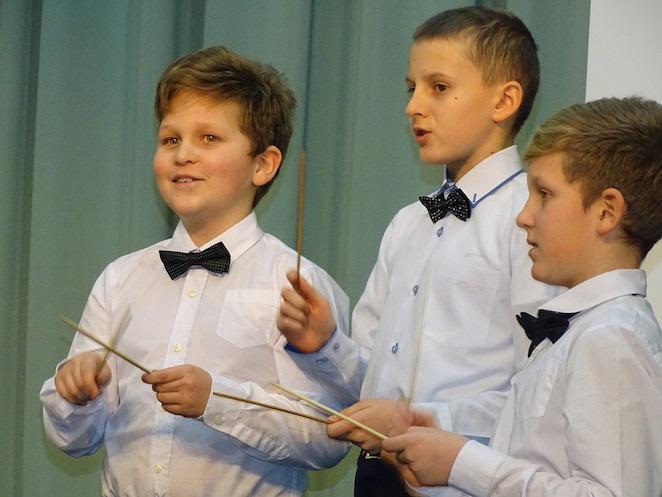На благотворительном концерте в Москве собрали средства для лечения маленькой Веры