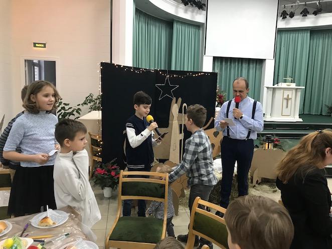 «Он нас сделал друзьями»: праздничная встреча в московской общине «Восточная»